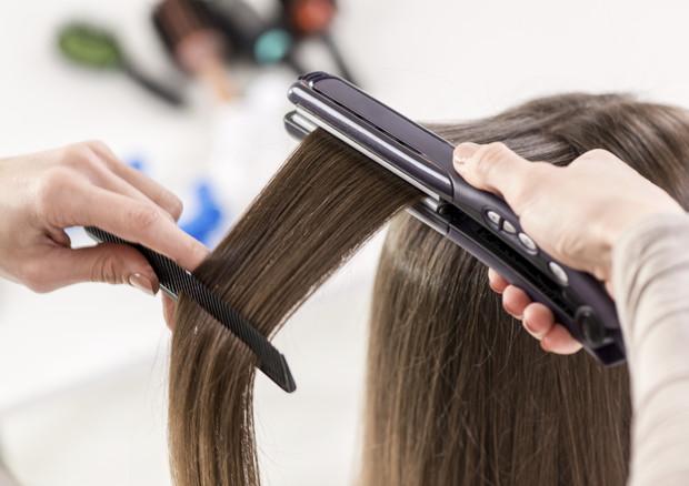 capelli sporchi: come rimandare di un giorno lo shampoo