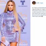 Jennifer Lopez più bella che mai: abito con paillettes argento e fianchi scoperti1