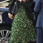 Meghan Markle look: abitino verde a fiori e tacchi FOTO