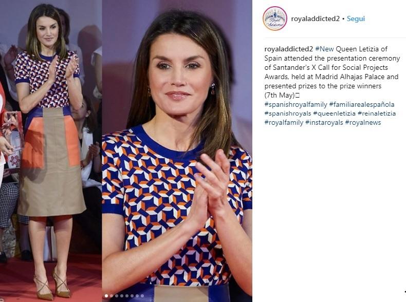 Letizia Ortiz look: gonna e maglia multicolor