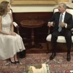 Letizia Ortiz sbarca ai Caraibi: abito a pois per la regina