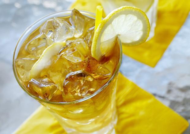 Dieta: tè freddo fa perdere più calorie di quello caldo