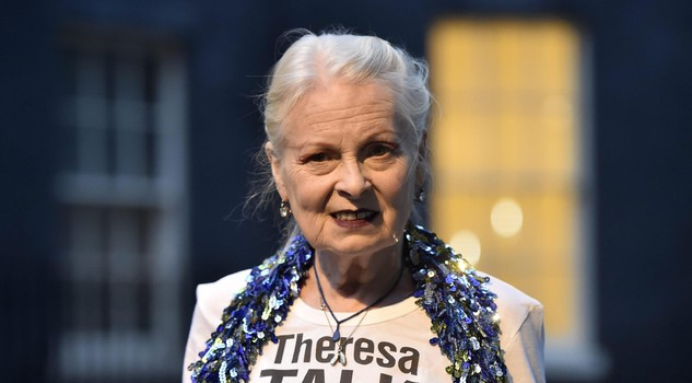 Vivienne Westwood celebra Sex and the City: capsule collection ispirata all'abito di Carrie Bradshaw