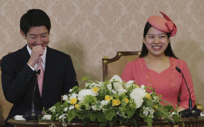 La principessa Ayako sposa il fidanzato Kei Moriya