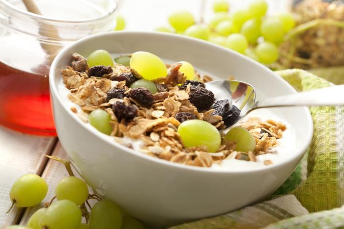 Dieta del buonumore: 12 cibi per superare il cambio stagione