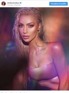 Kim Kardashian ci ricasca ed usa di nuovo Photosho