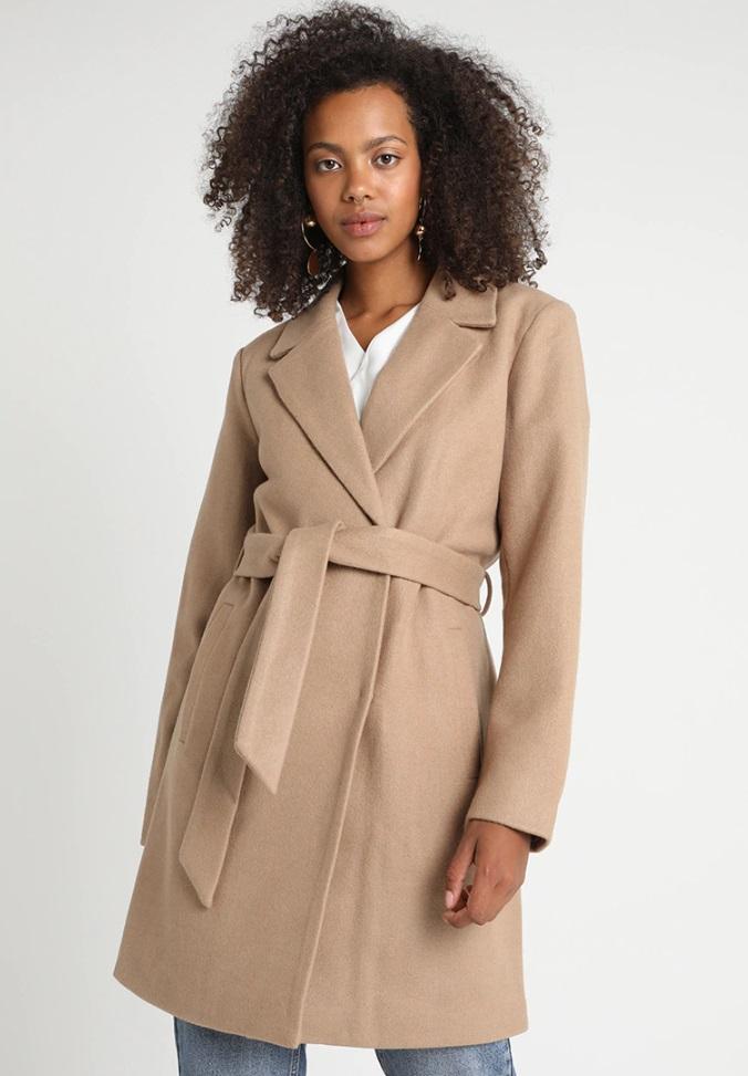 Cappotto cammello  10 modelli economici e trendy per l autunno 2018 aec6e9fa901f