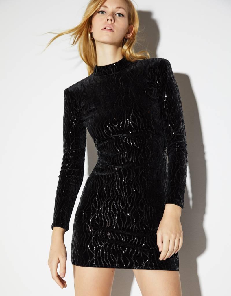 46c66f81fec6d7 Vestiti velluto: 14 modelli per i tuoi outfit natalizi, low cost e ...