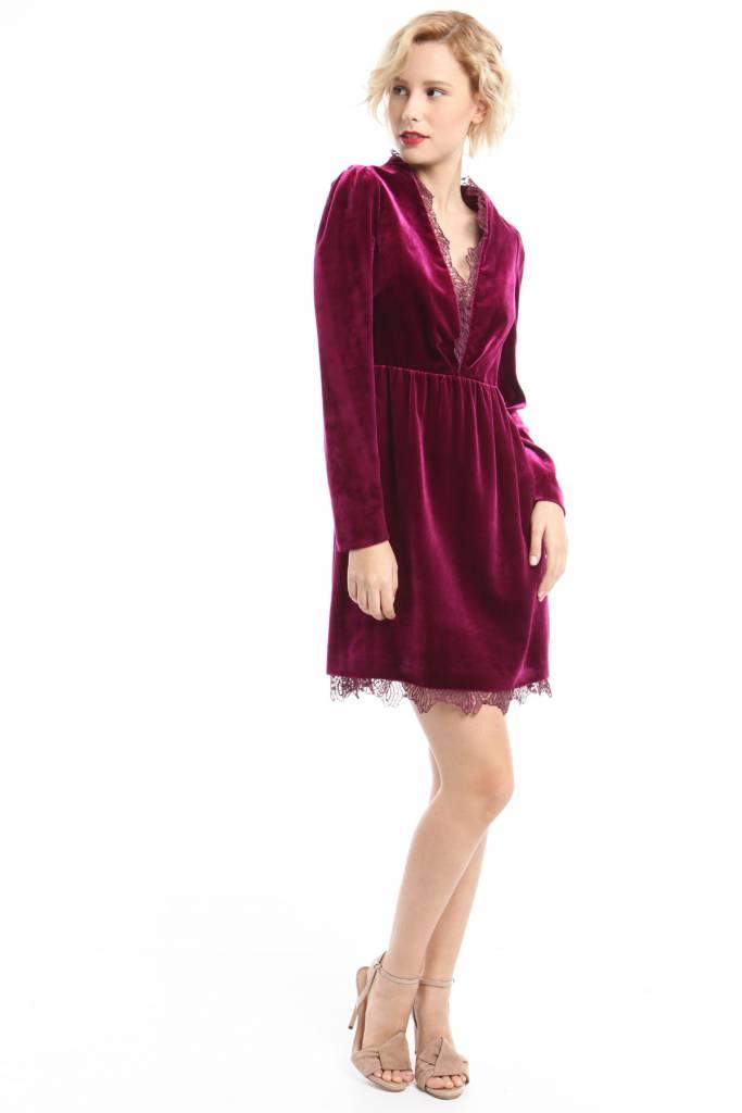 Outfit natalizi: 14 vestiti di velluto per Natale e Capodanno
