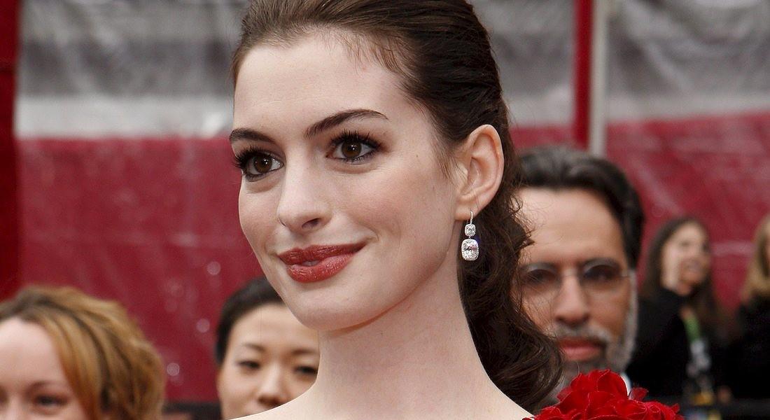 Cellulite, 3 mosse con cui Anne Hathaway la mette ko