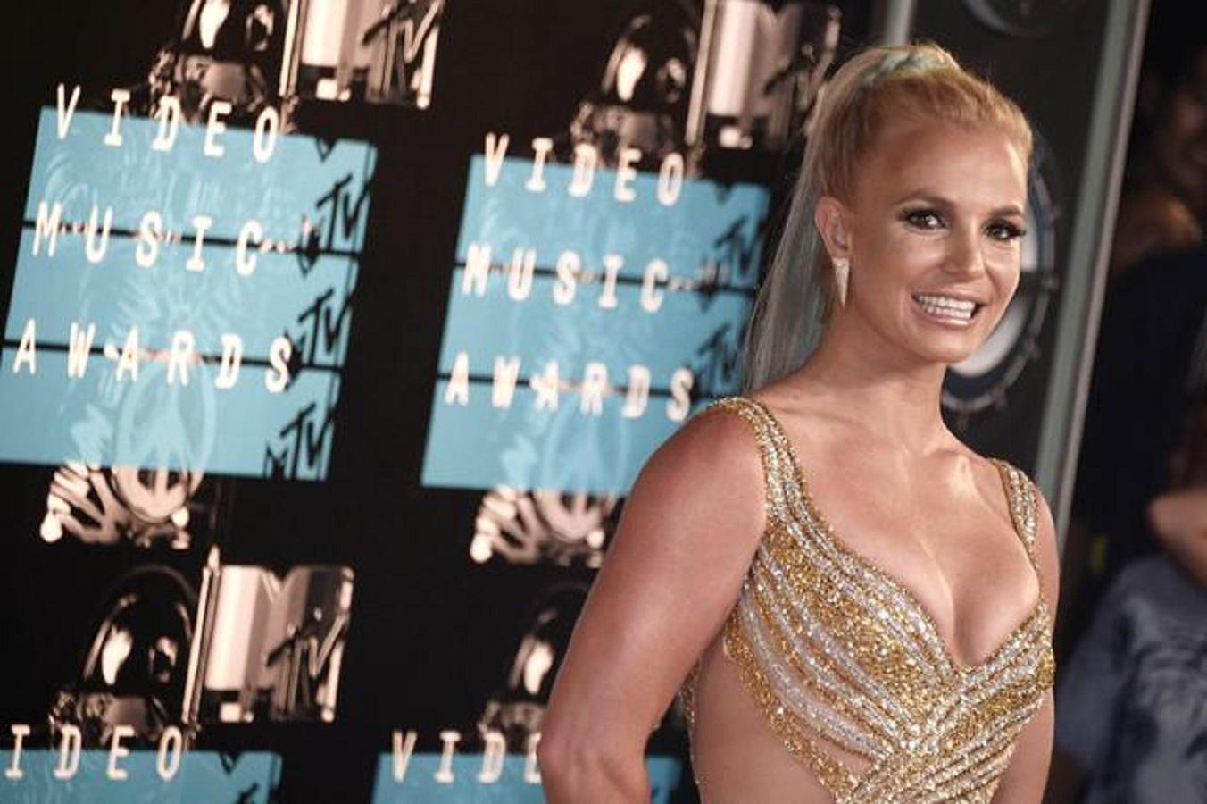 Britney Spears, non c'è pace: dalle stelle alle stalle, vita di una star