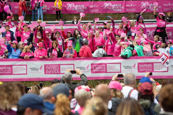 Tumore al seno: Race for the cure un successo, record di partecipazioni