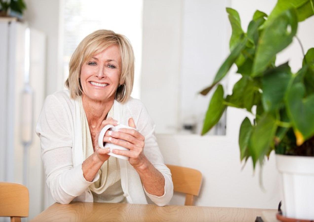 Menopausa, 5 rimedi naturali per combattere i sintomi