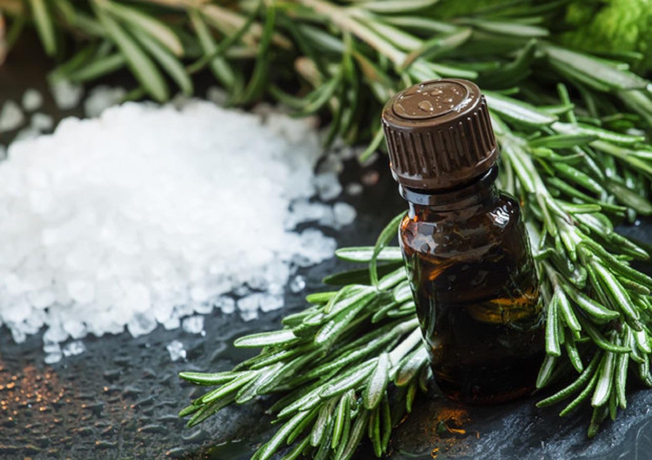 Pancia piatta, il rimedio naturale contro il gonfiore addominale