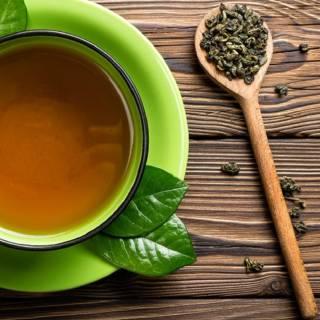 zenzero con tè verde per perdere peso