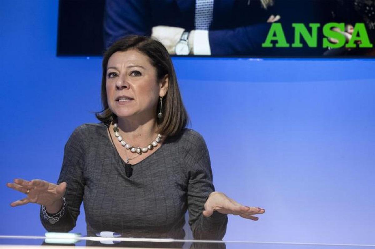"""Paola De Micheli: """"Sanremo, l'anno prossimo Amadeus passo indietro, condurrà una donna"""""""