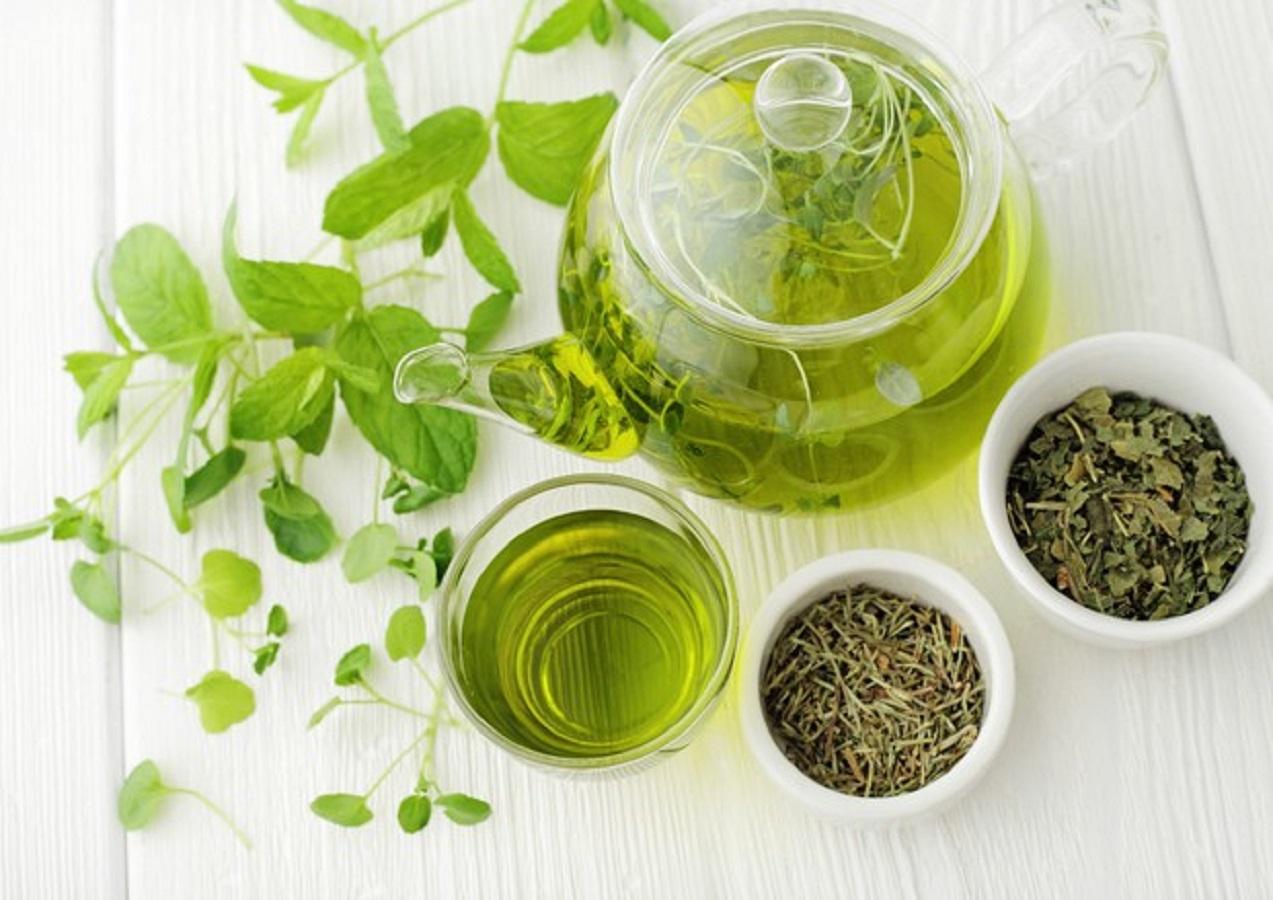 Dimagrire, 4 ingredienti da aggiungere alle tue bevande per perdere peso