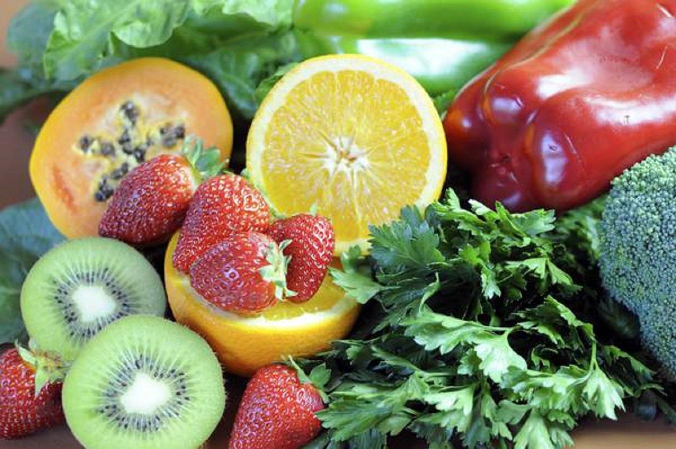 Coronavirus, vitamina C utile? La risposta del virologo