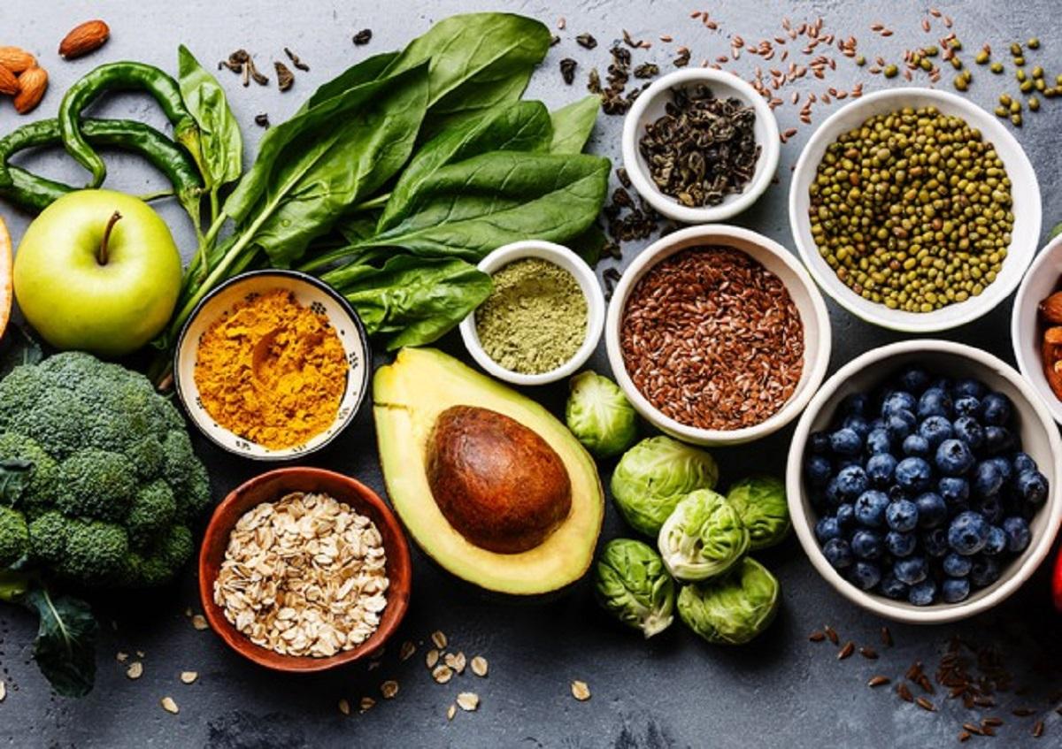 3 semi oleosi che combattono il colesterolo e il grasso in eccesso