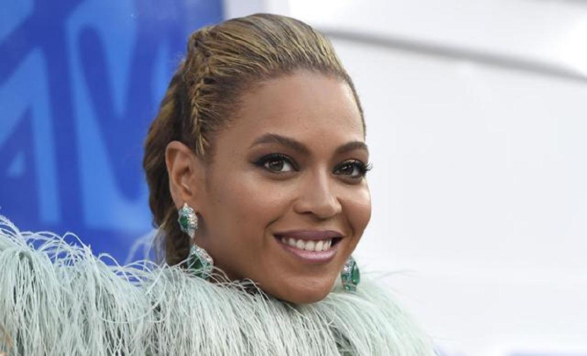 """Beyoncé: """"Ho lottato con l'insonnia più della metà della mia vita"""""""