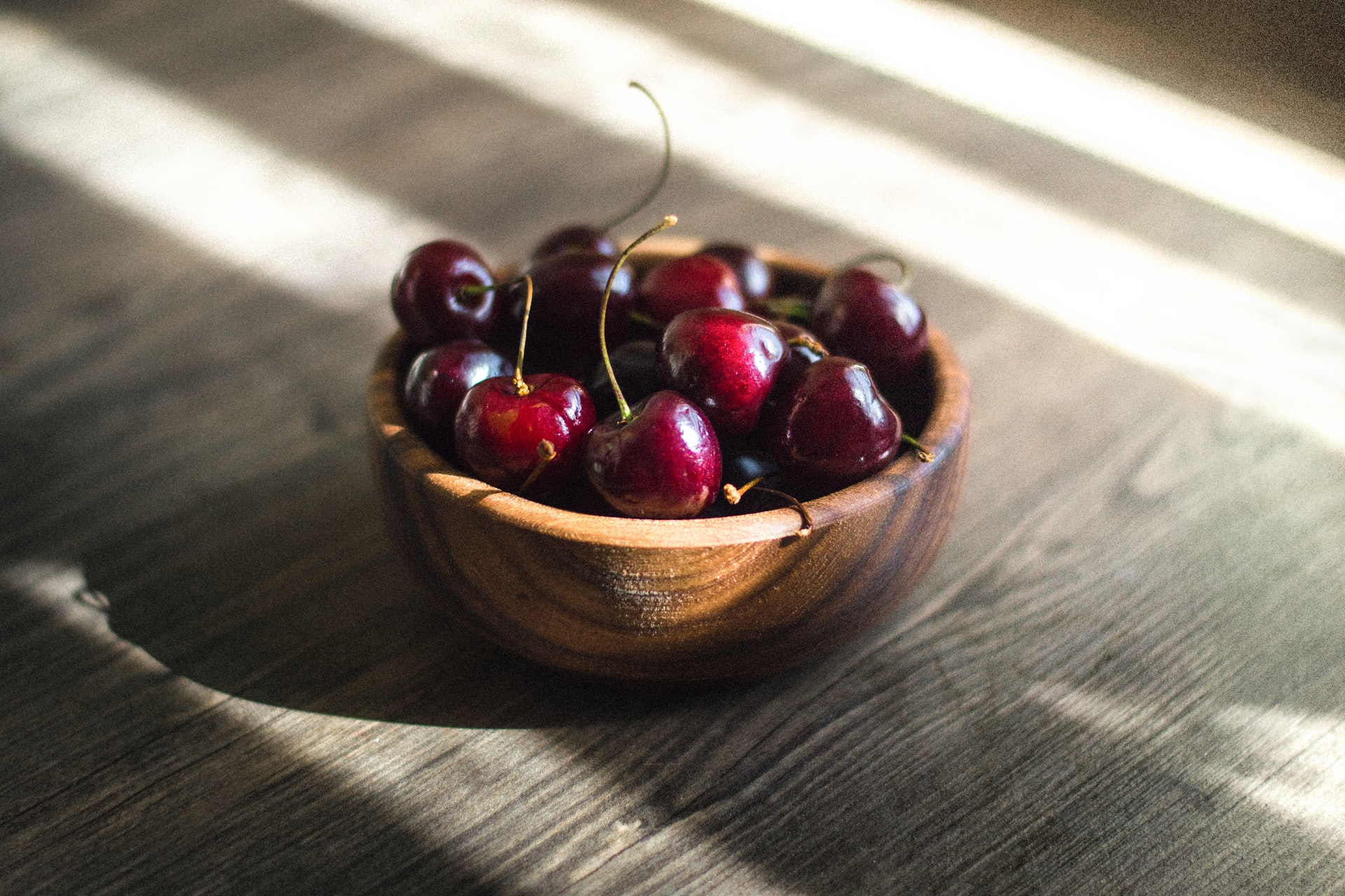 Tutti i benefici delle ciliegie, il frutto più amato dell'estate