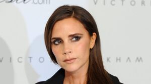 Il rossetto liquido di Victoria Beckham è il make up da mettere in borsa per l'estate