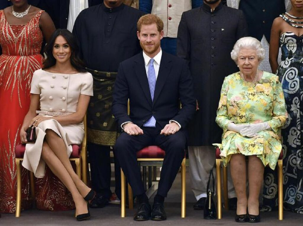 Meghan Markle e Harry e la regina Elisabetta