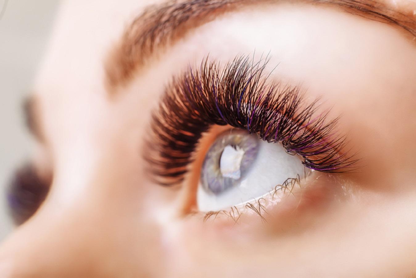 Come proteggere gli occhi in estate: 10 consigli utili