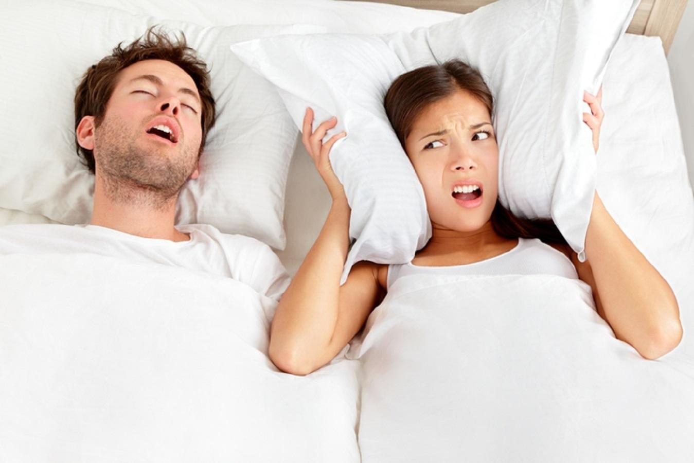 Dimagrire e smettere di russare: la possibile connessione