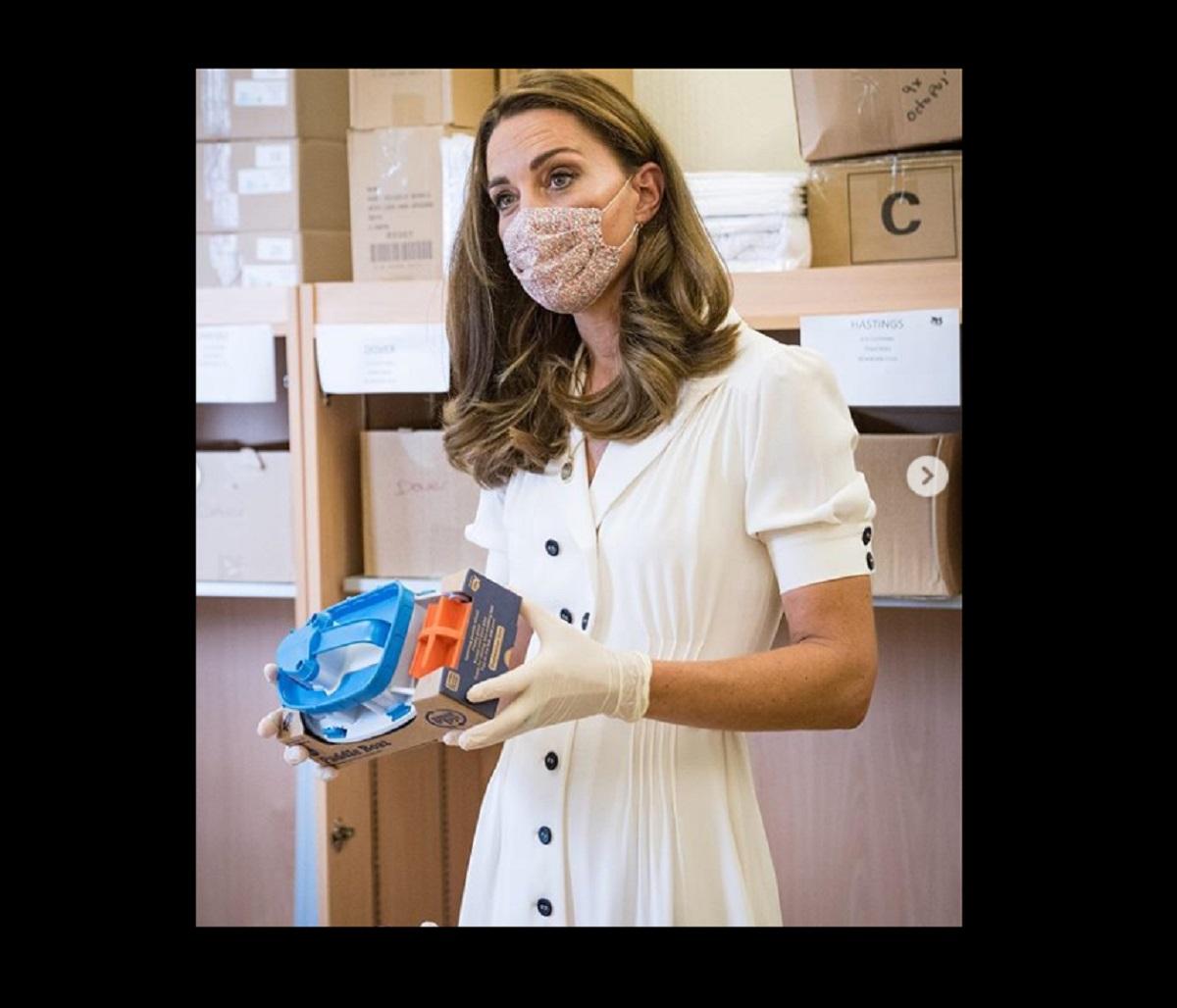 Kate Middleton con la mascherina