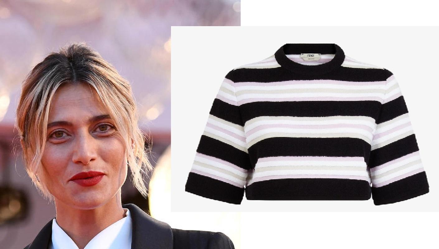 Anna Foglietta, maglia a righe da 595 euro firmata Fendi: il look goal