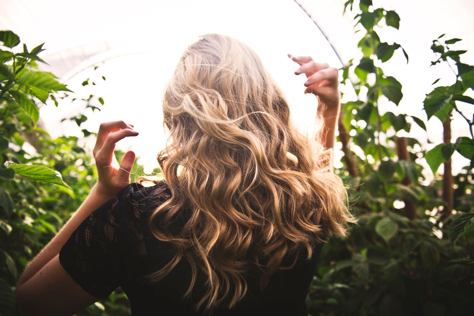 capelli folti