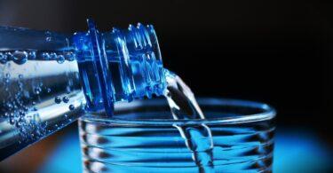 Perché è importante bere acqua quando si fa sport