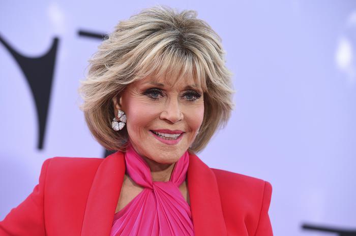 Jane Fonda usa questa crema L'Oréal nella sua skincare
