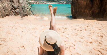 ragazza in spiaggia