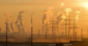 L'inquinamento potrebbe aver contribuito a quasi 6 mln di nascite premature